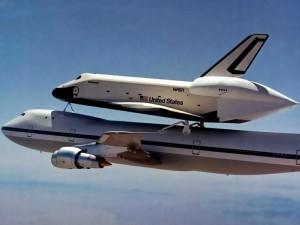 Enterprise on Boeing 747